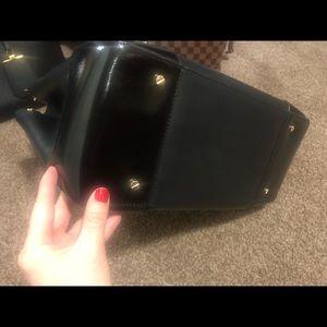 Tory Burch Bags - Tory Burch Robinson Black Double Zip Tote & Wallet